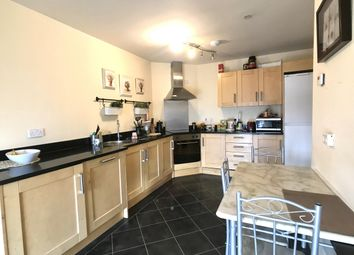Thumbnail 2 bed flat for sale in Sanvey Gate, Leicester, 4