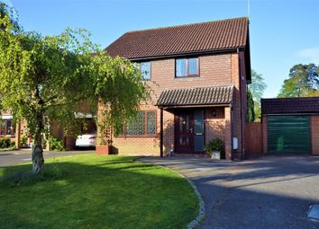 Thumbnail 4 bed detached house for sale in Kennet Place, Burghfield Common, Reading