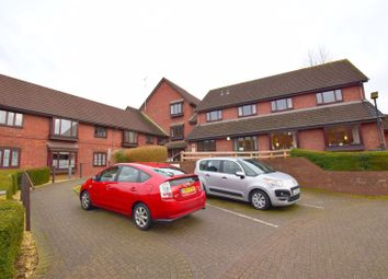 Thumbnail 1 bed property for sale in Beaconsfield Road, Aylesbury
