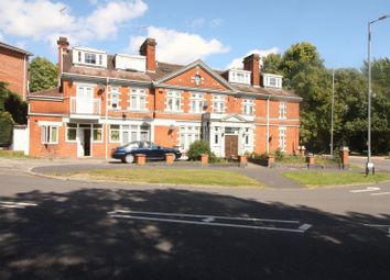 Thumbnail 4 bed flat to rent in Leighton Buzzard Road, Hemel Hempstead
