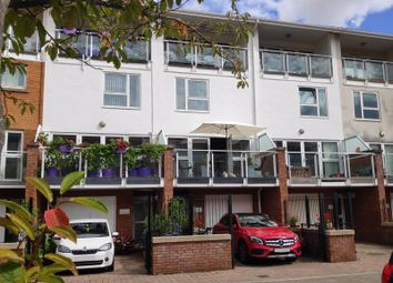 3 bed town house for sale in Taliesin Court, Chandlery Way, Cardiff CF10