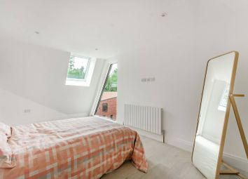 Thumbnail 3 bed flat to rent in Beadnell Road, Forest Hill, London