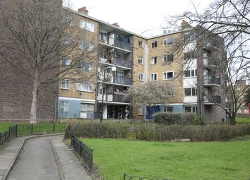 Thumbnail 3 bed flat to rent in Plummer Road, London, Clapham
