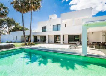Thumbnail 6 bed property for sale in East Estepona, Estepona, Málaga