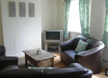 Thumbnail Room to rent in Third Avenue, Brownhills, Walsall WS86Jl