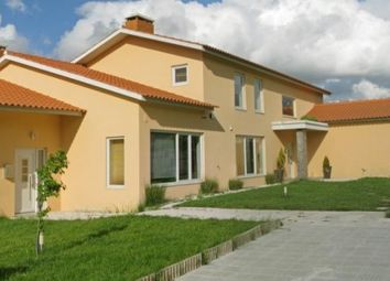 Thumbnail 8 bed property for sale in Batalha, Silver Coast, Portugal