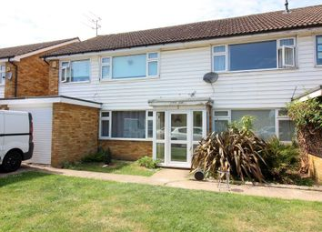 Thumbnail 2 bed maisonette for sale in St Martins Avenue, Luton, Bedfordshire