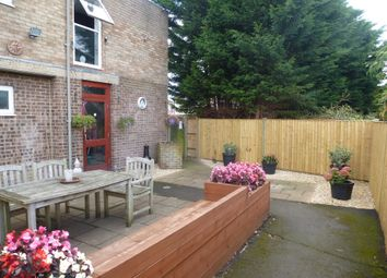 Thumbnail 2 bed flat for sale in York Place, Aylesbury