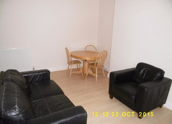 Thumbnail 1 bed flat to rent in Bellefield Avenue, West End, Dundee