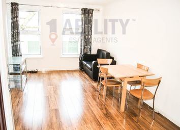 Thumbnail Flat to rent in Robin Court, Yalding Rd, London SE16 3Ss