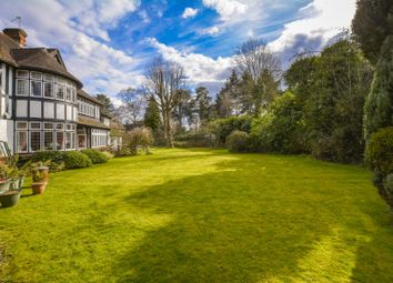 Thumbnail 4 bed cottage for sale in Gerrards Cross Road, Slough