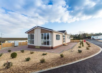 Thumbnail 2 bed mobile/park home for sale in Fruiterers Arms Mobile Home Park, Uphampton Lane, Ombersley