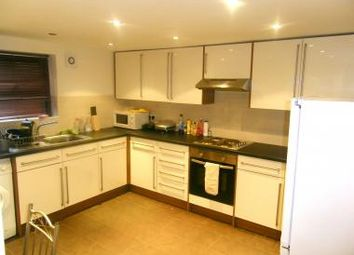 6 bed terraced house to rent in 36 Brudenell Mount, Hyde Park LS6