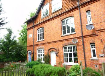 Thumbnail 2 bed property to rent in London Road, Newbury