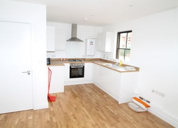 Thumbnail Studio to rent in Whyteleafe Hill, Whyteleafe