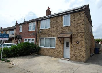 Thumbnail 3 bed semi-detached house for sale in Queens Avenue, Kidlington