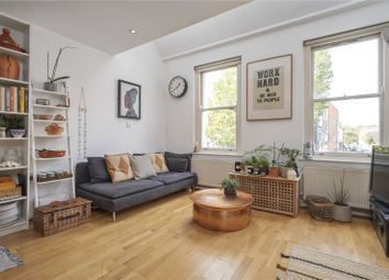 2 bed flat for sale in Bethnal Green Road, Bethnal Green, London E2