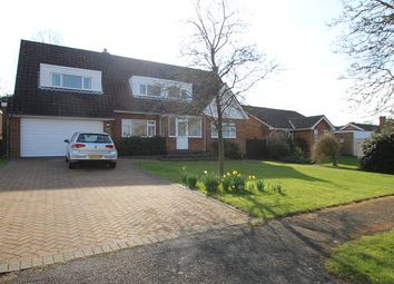 Thumbnail 4 bed detached house to rent in Browning Road, Fetcham, Leatherhead