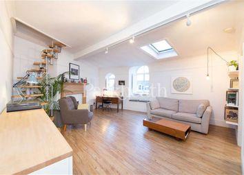 Thumbnail 1 bed flat to rent in Belsize Crescent, Belsize Park, London