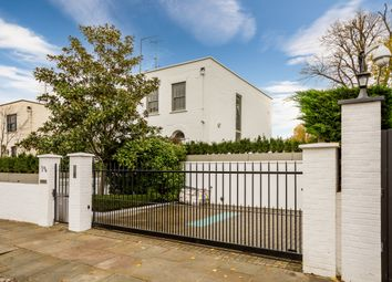 Thumbnail 5 bed terraced house to rent in Pembroke Gardens, London