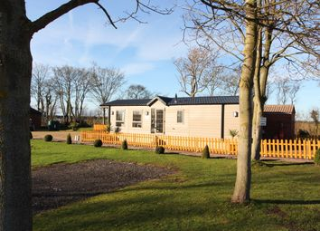 Thumbnail 2 bed mobile/park home for sale in Laughton Road, Blyton, Gainsborough