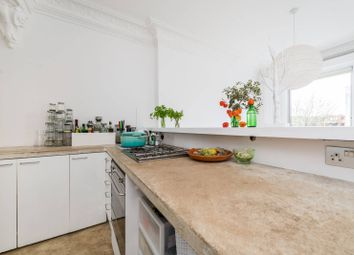 1 bed property to rent in Tavistock Road, Notting Hill, London W11