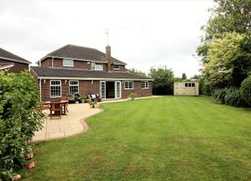 Thumbnail 4 bedroom detached house for sale in Bucklebury Close, Stratton, Swindon