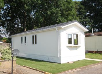 Thumbnail 2 bed mobile/park home for sale in Martins Park, Sandy Lane, Farnborough