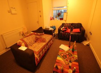 Thumbnail 2 bed flat to rent in Ash Grove, Hyde Park, Leeds