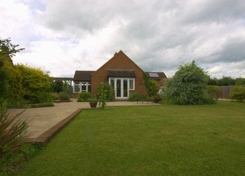 Thumbnail 3 bed detached house to rent in New Road, Sutton, Witney