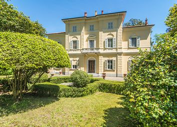 Thumbnail 8 bed villa for sale in Pettenasco, Novara, Piedmont, Italy