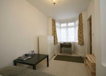 Thumbnail 1 bed flat to rent in Crespigny Road, London