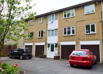 Thumbnail 2 bed flat for sale in Craven Court, Halifax