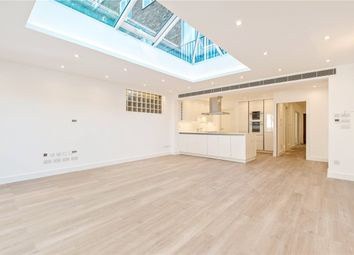 Thumbnail 5 bed terraced house to rent in Middlefield, London