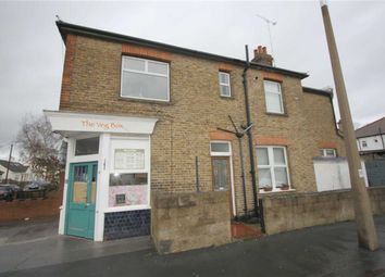 Thumbnail 1 bedroom flat to rent in Lonsdale Road, Southend On Sea, Essex