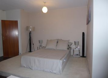 Property to rent in Jersey Road, Osterley, Isleworth TW7