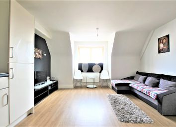 Thumbnail 1 bedroom flat for sale in Chargeable Lane, London