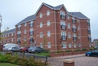 Thumbnail 2 bed flat for sale in Signet Square, Stoke, Coventry