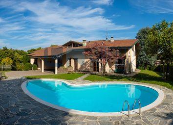 Thumbnail 7 bed villa for sale in Via Don Gnocchi, 63, Inverigo, Como, Lombardy, Italy