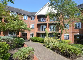 Thumbnail 2 bedroom flat to rent in Queens Acre, High Wycombe, Bucks