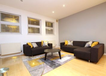 Thumbnail Studio to rent in Rose Walk, Purley