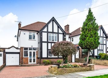 Thumbnail Detached house for sale in Manor Drive, Whetstone, London