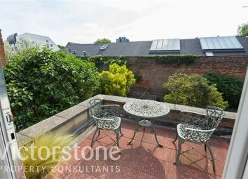 Thumbnail 1 bed flat to rent in Roderick Road, Hampstead, London
