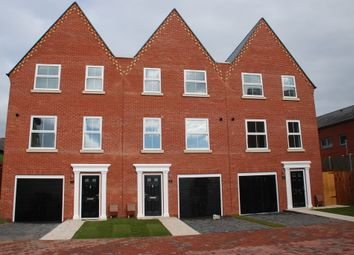 Thumbnail 3 bedroom town house to rent in Virginia, Virginia Street, Ipswich