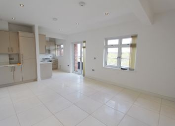Thumbnail 2 bedroom flat to rent in Coombe Road, New Malden