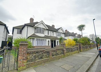 Thumbnail 2 bed maisonette to rent in Grove Park Road, Chiswick