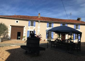 Thumbnail 3 bed country house for sale in Aubeterre-Sur-Dronne, Angoulême, Charente, Poitou-Charentes, France