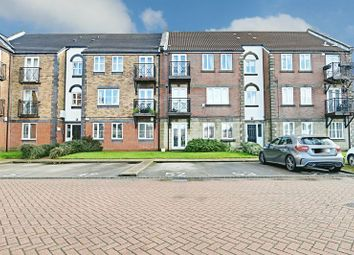 Thumbnail 2 bedroom flat for sale in Lancelot Court, Hull