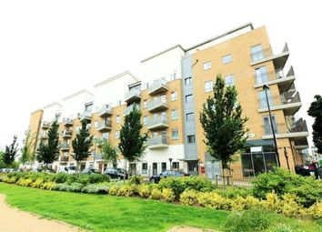 Thumbnail 3 bedroom flat to rent in Caledonian Road, London
