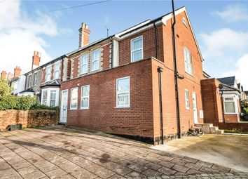 2 bed flat for sale in Northumberland Avenue, Reading, Berkshire RG2